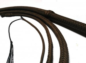 Indiana Jones style paracord whip dark brown frusta Paracord Indiana jones style moro (3)